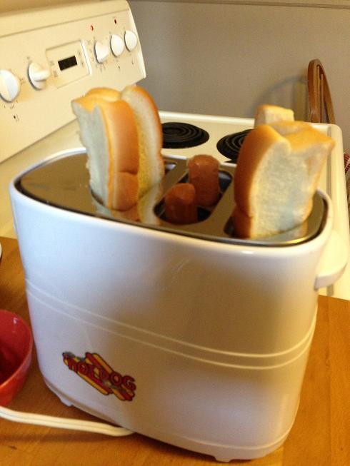 De la place pour les saucisses ET les pains? Tellement 2014 comme engin!