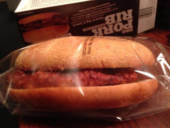 Tu sors un sandwich de la boîte!