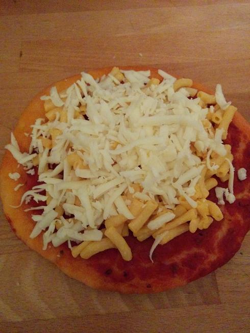 Du Bon Manger - Pizza au macaroni au fromage 4
